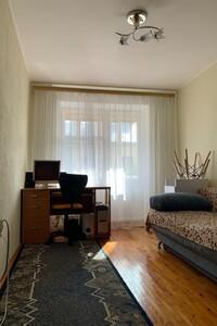 Продається 3-кімнатна квартира 69 кв. м у Тернополі