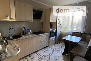Продается 3-комнатная квартира 70 кв. м в Черкассах