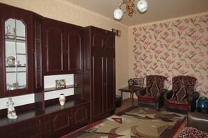 Продается 2-комнатная квартира 49 кв. м в Полтаве