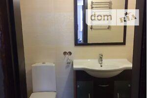 Продается 4-комнатная квартира 130 кв. м в Полтаве