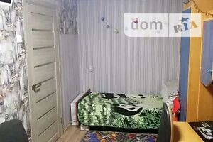 Продается 2-комнатная квартира 43 кв. м в Полтаве