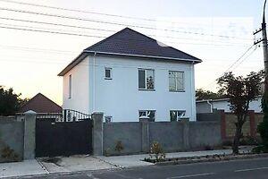 Продается дом на 2 этажа 150 кв. м с балконом