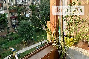 Продается 2-комнатная квартира 53.7 кв. м в Ужгороде