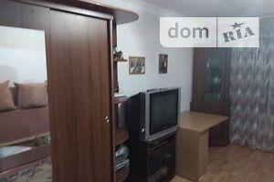 Продається 2-кімнатна квартира 52 кв. м у Полтаві