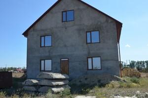 Продается дом на 3 этажа 200 кв. м с мансардой