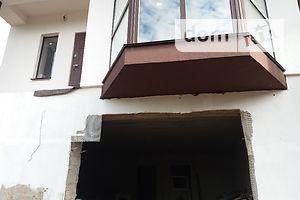 Продається частина будинку 180 кв. м з подвалом