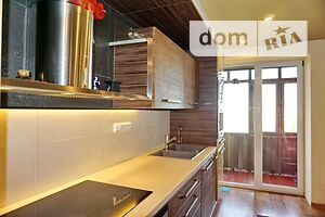 Продається 3-кімнатна квартира 124 кв. м у Миколаєві