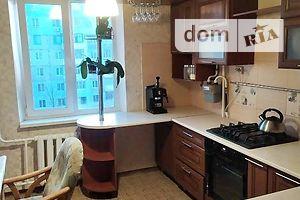 Продається 4-кімнатна квартира 82 кв. м у Херсоні