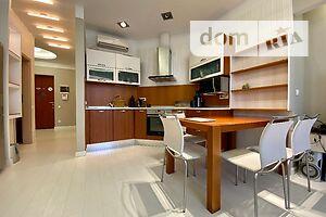 Продається 1-кімнатна квартира 72 кв. м у Одесі