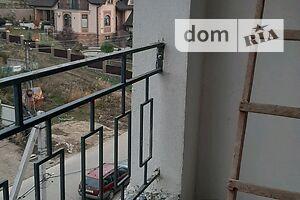 Продается 5-комнатная квартира 117 кв. м в Черновцах