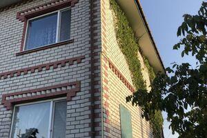 Продается дом на 2 этажа 270 кв. м с подвалом