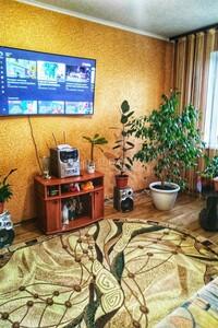 Продается 3-комнатная квартира 69 кв. м в Броварах