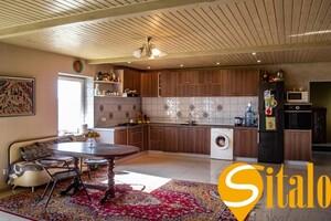 Продается дом на 2 этажа 228 кв. м с мебелью