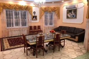 Продается дом на 3 этажа 286 кв. м с террасой