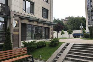 Сдается в аренду объект сферы услуг 345.9 кв. м в 13-этажном здании