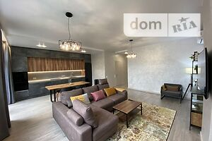 Сдается в аренду 2-комнатная квартира 81 кв. м в Киеве