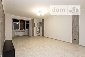 Сдается в аренду 2-комнатная квартира 75 кв. м в Ивано-Франковске