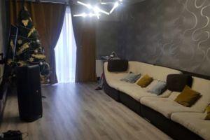 Продается 2-комнатная квартира 76 кв. м в Кременчуге