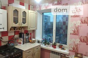 Продается 4-комнатная квартира 68 кв. м в Черкассах