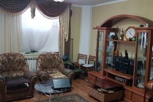 Продається будинок 2 поверховий 260 кв. м з ділянкою