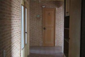 Продається 4-кімнатна квартира 73 кв. м у Херсоні