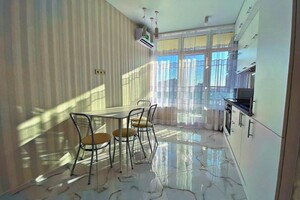 Продажа квартиры, Одесса, р‑н.Приморский, Генуэзскаяулица, дом 1