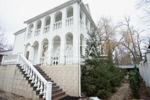 Продається будинок 3 поверховий 386 кв. м з банею/сауною