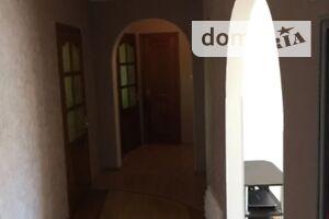 Продається 4-кімнатна квартира 84 кв. м у Полтаві