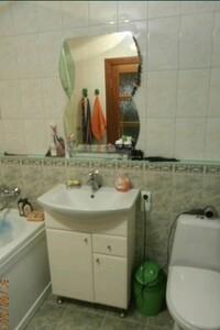 Продається 2-кімнатна квартира 56 кв. м у Тернополі