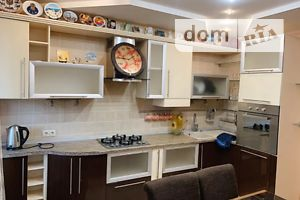 Здається в оренду 3-кімнатна квартира 75 кв. м у Полтаві