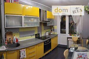 Продається 3-кімнатна квартира 65 кв. м у Херсоні