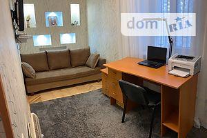 Продається 2-кімнатна квартира 42 кв. м у Києві