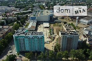 Продається 2-кімнатна квартира 59 кв. м у Полтаві