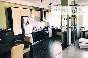 Продается 3-комнатная квартира 120 кв. м в Херсоне