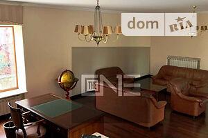 Продается дом на 2 этажа 834 кв. м с садом