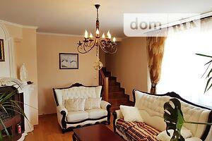 Продается дом на 2 этажа 300 кв. м с садом