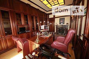Продается офис 150 кв. м в нежилом помещении в жилом доме