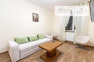 Сдается в аренду 2-комнатная квартира 68 кв. м в Ивано-Франковске