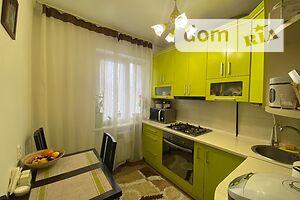Продается 2-комнатная квартира 45 кв. м в Ужгороде