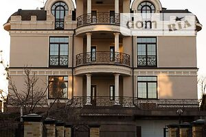 Продається будинок 3 поверховий 835.5 кв. м з подвалом