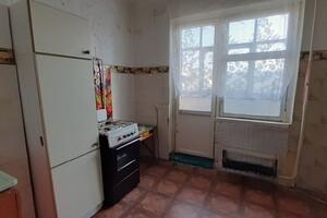Продається 4-кімнатна квартира 79 кв. м у Херсоні