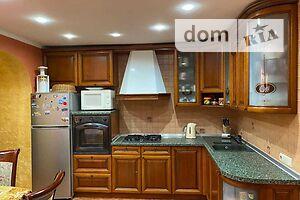 Продается 2-комнатная квартира 66 кв. м в Полтаве
