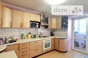 Продается 3-комнатная квартира 83 кв. м в Броварах