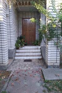Продается одноэтажный дом 4 кв. м с мансардой