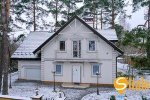 Продається будинок 2 поверховий 197.2 кв. м з ділянкою