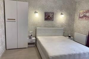 Продается 3-комнатная квартира 103 кв. м в Ирпене