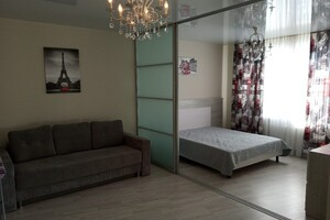 Сдается в аренду 1-комнатная квартира 49 кв. м в Луцке