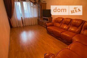 Продается 4-комнатная квартира 90 кв. м в Хмельницком