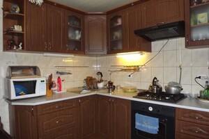 Продается 2-комнатная квартира 58 кв. м в Полтаве