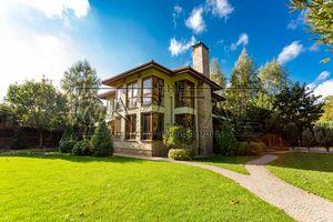 Продається будинок 2 поверховий 350 кв. м с басейном
